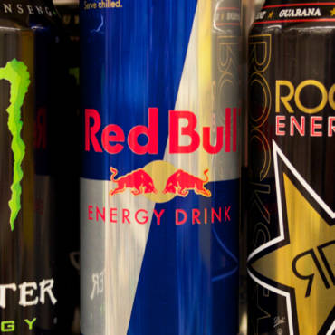 The Effects of Energy Drinks on Teeth